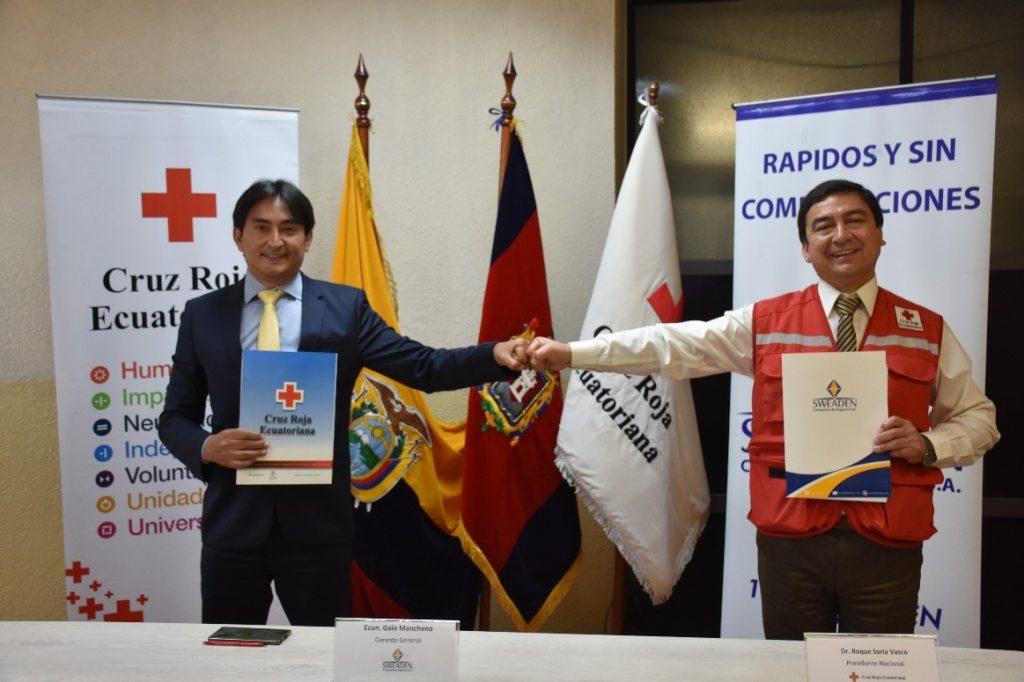 CRUZ ROJA ECUATORIANA RECIBIÓ LA DONACIÓN DE 4.000 SEGUROS DE ACCIDENTES PERSONALES